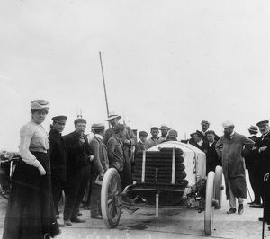 1904 Ostend Speed Trials. De Dietrich, Gabriel at start