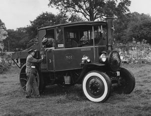 1932 Foden D type steam truck. At the OLD commercial vehicle rally at Beaulieu 1957