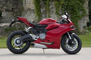 motorcycles/2014 ducati 899 panigale