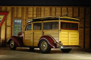 veteran vintage/ford woodie 1937
