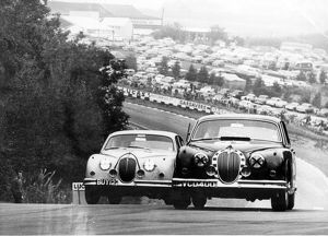 Jaguar MK2 in Saloon car Racing Brands Hatch