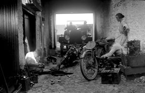 Preparation for the 1924 Isle of Man Amateur TT