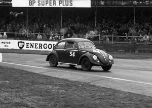 VW Beetle, M.J. Griffin. Goodwood 28th member's meeting 26.4.1958